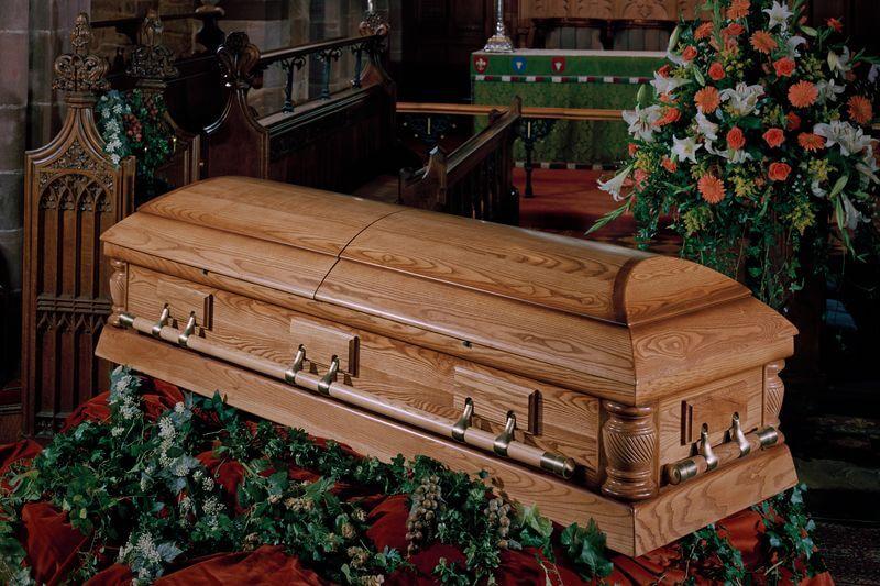 Pohřeb v kostele